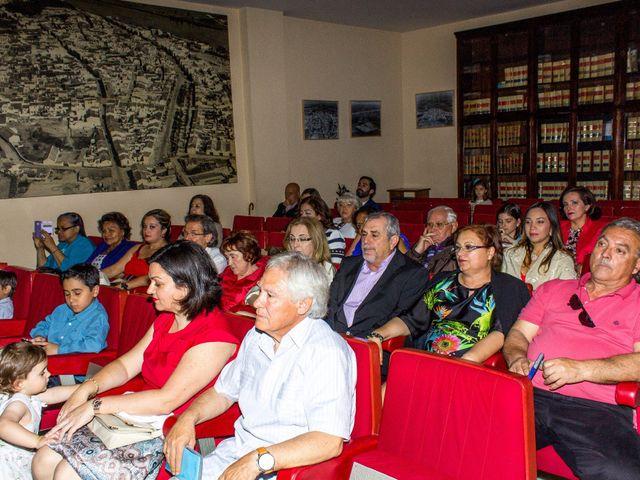 La boda de Raul y Lorena en Coria Del Rio, Sevilla 14
