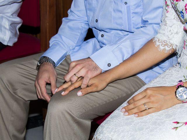 La boda de Raul y Lorena en Coria Del Rio, Sevilla 19