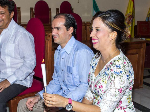 La boda de Raul y Lorena en Coria Del Rio, Sevilla 20