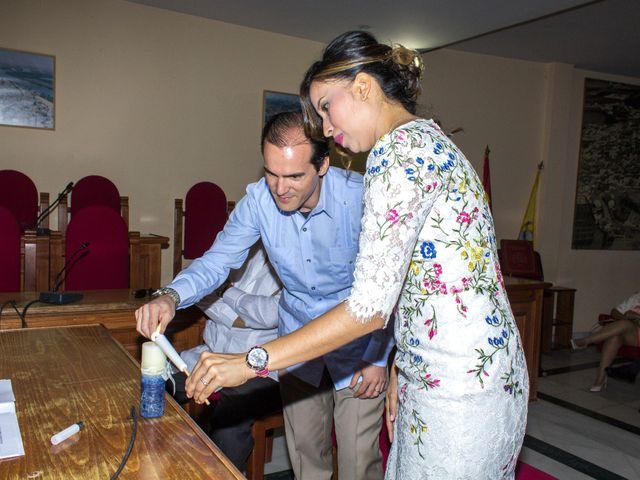 La boda de Raul y Lorena en Coria Del Rio, Sevilla 22