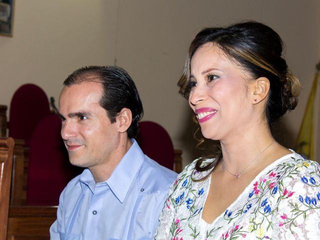 La boda de Raul y Lorena en Coria Del Rio, Sevilla 26