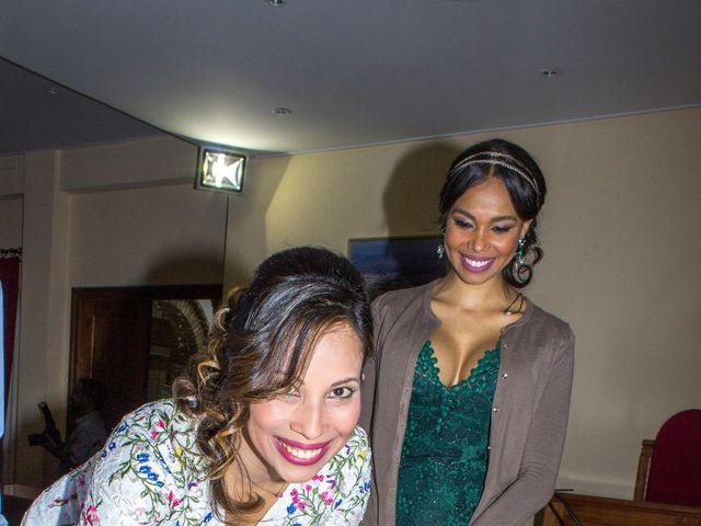 La boda de Raul y Lorena en Coria Del Rio, Sevilla 29