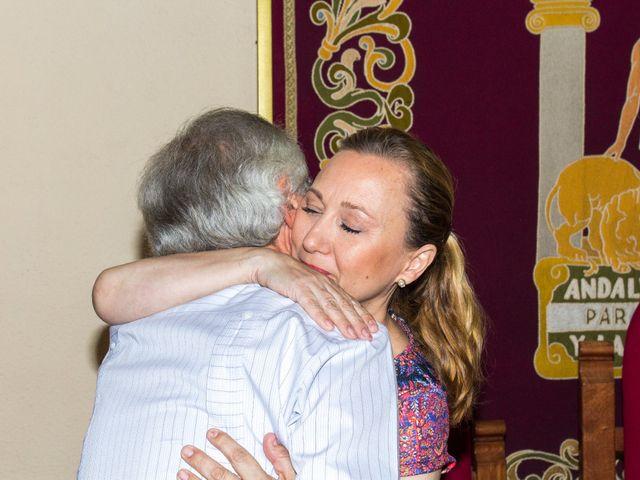 La boda de Raul y Lorena en Coria Del Rio, Sevilla 31
