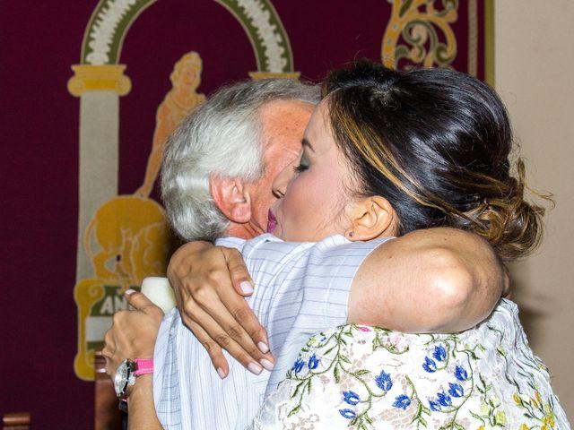 La boda de Raul y Lorena en Coria Del Rio, Sevilla 32