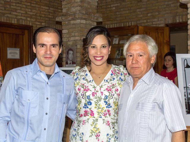 La boda de Raul y Lorena en Coria Del Rio, Sevilla 41