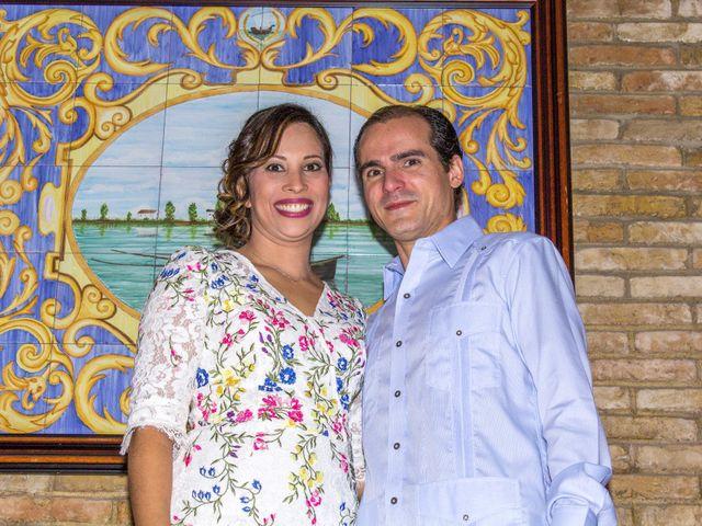 La boda de Raul y Lorena en Coria Del Rio, Sevilla 43