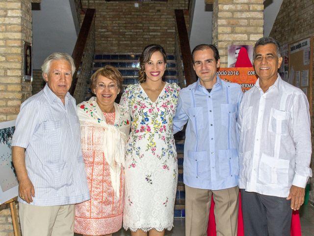 La boda de Raul y Lorena en Coria Del Rio, Sevilla 48