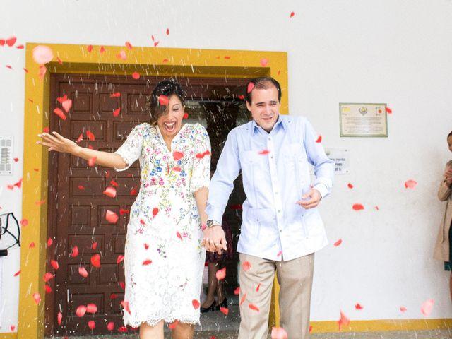 La boda de Raul y Lorena en Coria Del Rio, Sevilla 52