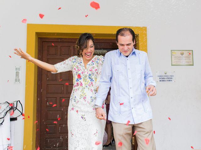 La boda de Raul y Lorena en Coria Del Rio, Sevilla 53