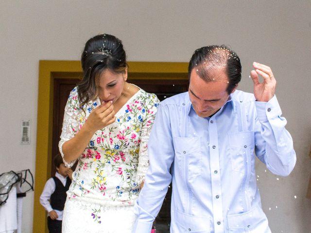 La boda de Raul y Lorena en Coria Del Rio, Sevilla 55