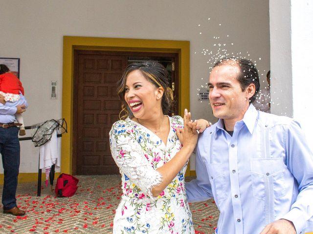 La boda de Raul y Lorena en Coria Del Rio, Sevilla 58
