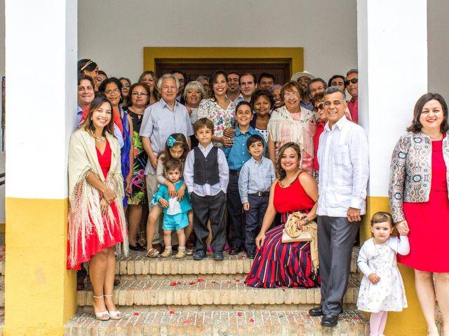 La boda de Raul y Lorena en Coria Del Rio, Sevilla 59