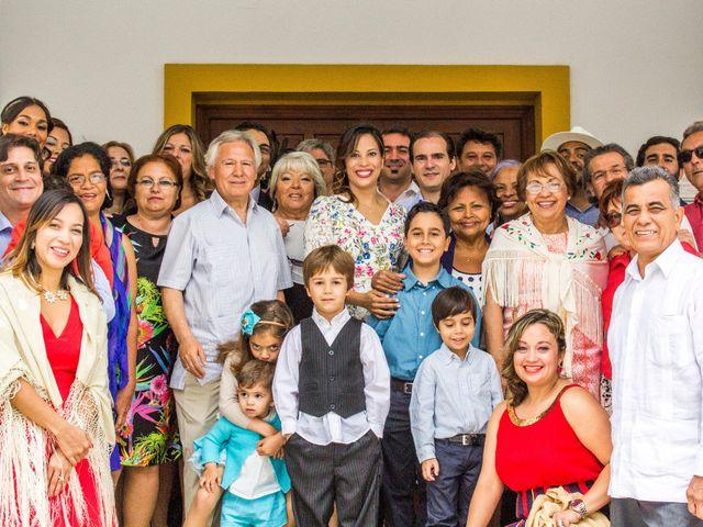 La boda de Raul y Lorena en Coria Del Rio, Sevilla 60