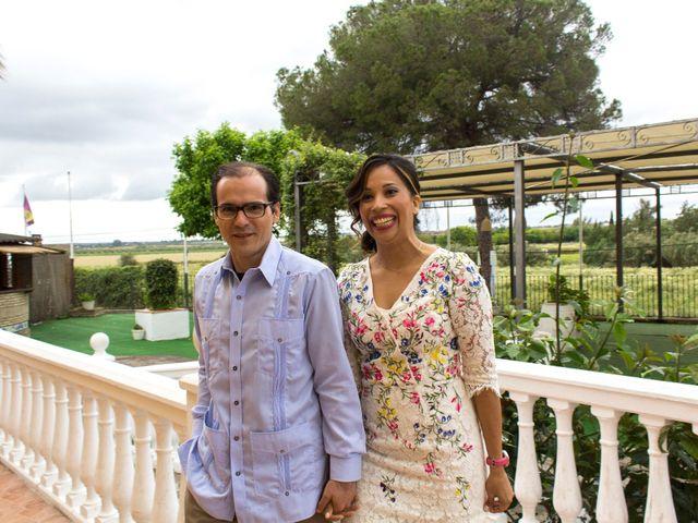 La boda de Raul y Lorena en Coria Del Rio, Sevilla 66