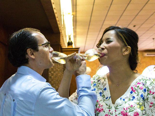 La boda de Raul y Lorena en Coria Del Rio, Sevilla 71