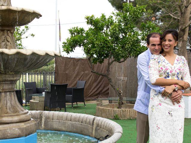 La boda de Raul y Lorena en Coria Del Rio, Sevilla 76