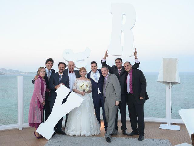 La boda de Ramón y Yolanda en Eivissa, Islas Baleares 56