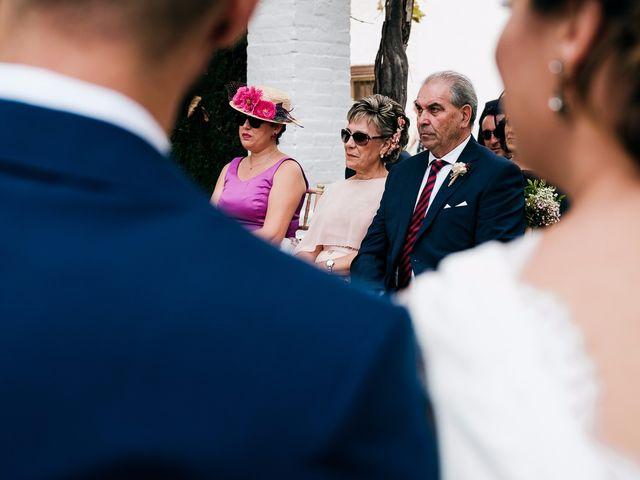 La boda de Salva y Lara en Picassent, Valencia 38