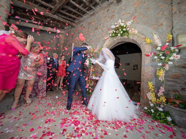 La boda de Adrian y Lorena en Ponferrada, León 20