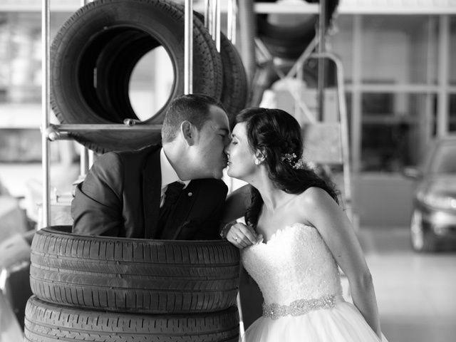 La boda de Adrian y Lorena en Ponferrada, León 27