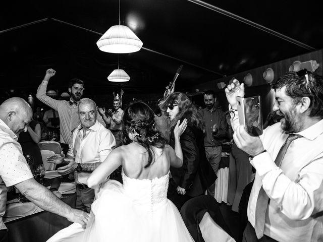 La boda de Adrian y Lorena en Ponferrada, León 41