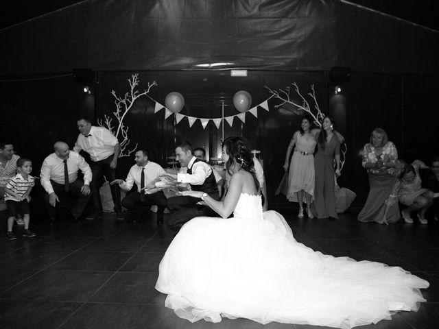 La boda de Adrian y Lorena en Ponferrada, León 43