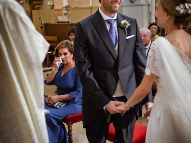 La boda de Victor y Clara en Zaragoza, Zaragoza 17