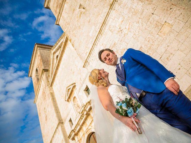 La boda de Eyad y Isabel en Campo Real, Madrid 15