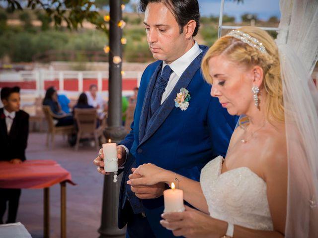La boda de Eyad y Isabel en Campo Real, Madrid 19