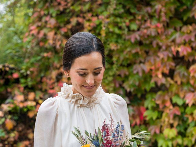 La boda de Pablo y Elena en Loiu, Vizcaya 25