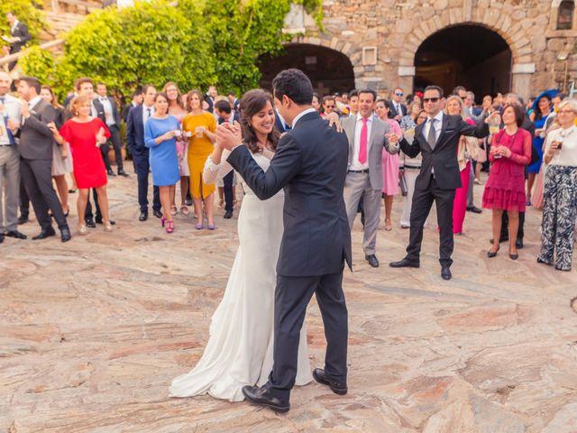 La boda de Jose Andrés y Almudena en Oliva De La Frontera, Badajoz 41