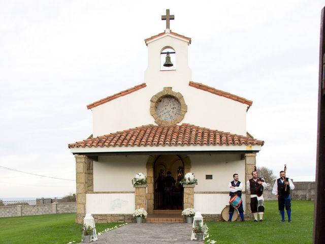 La boda de Alberto y María en Cabueñes, Asturias 24