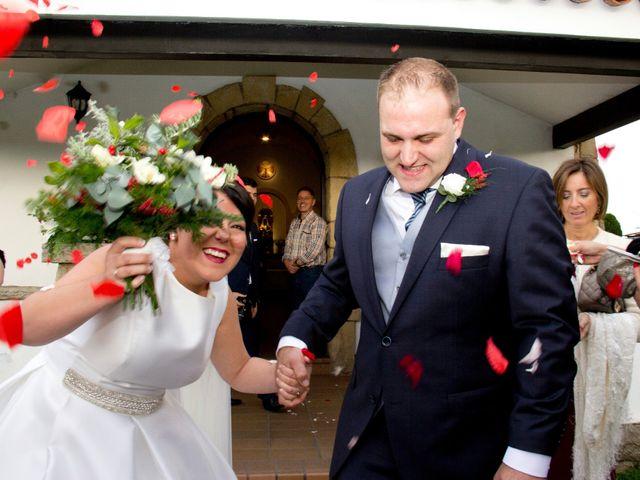 La boda de Alberto y María en Cabueñes, Asturias 30