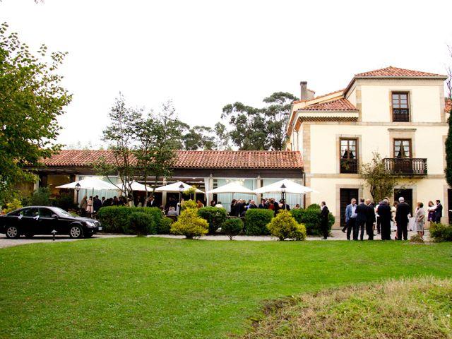 La boda de Alberto y María en Cabueñes, Asturias 54