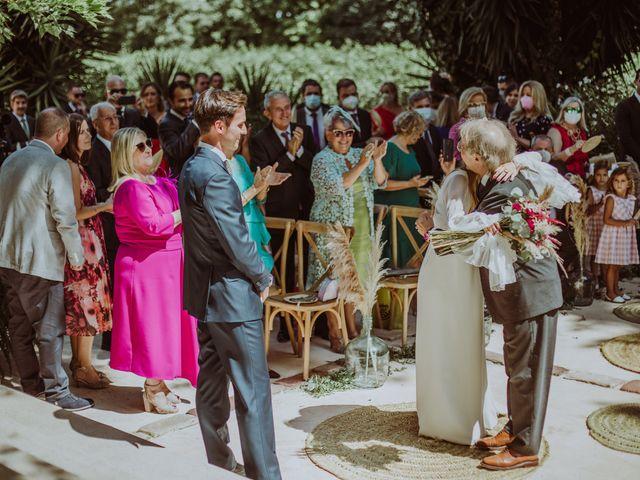 La boda de Carolina y Carlos en Picanya, Valencia 23