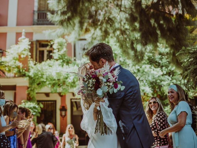 La boda de Carolina y Carlos en Picanya, Valencia 42