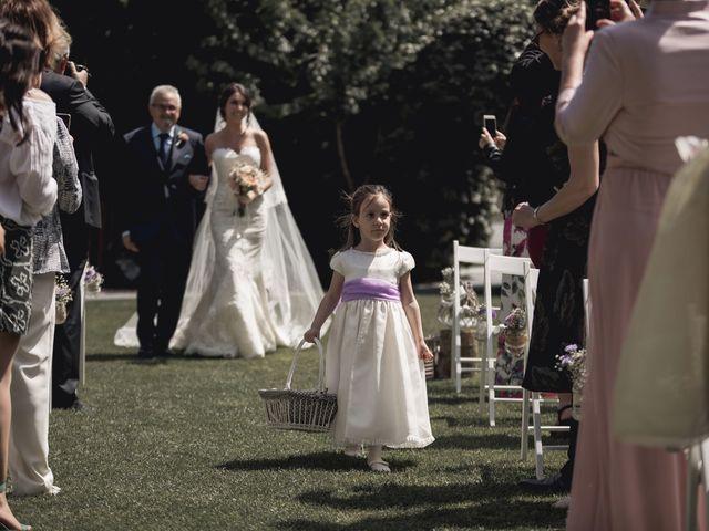 La boda de Carlos y Cristina en Sant Fost De Campsentelles, Barcelona 31
