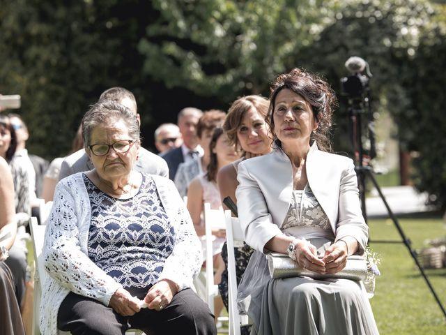 La boda de Carlos y Cristina en Sant Fost De Campsentelles, Barcelona 35
