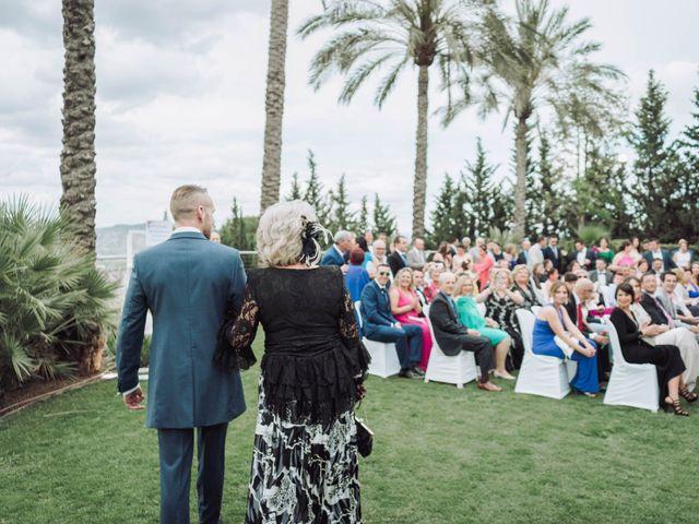 La boda de Juan y Úrsula en Alhaurin El Grande, Málaga 36