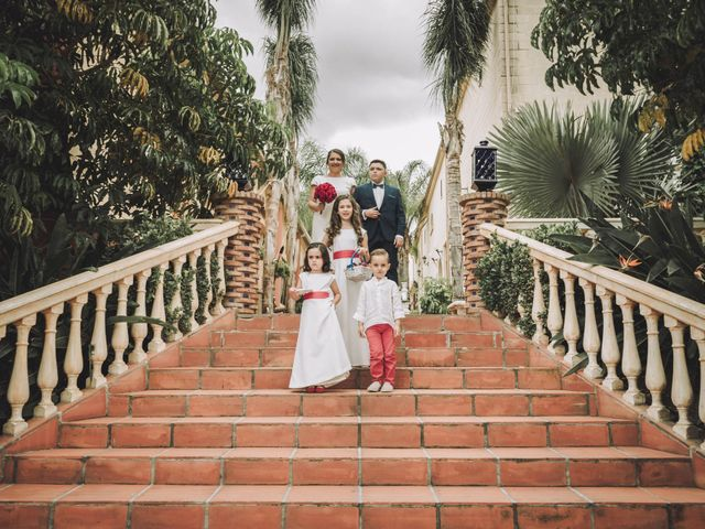 La boda de Juan y Úrsula en Alhaurin El Grande, Málaga 41