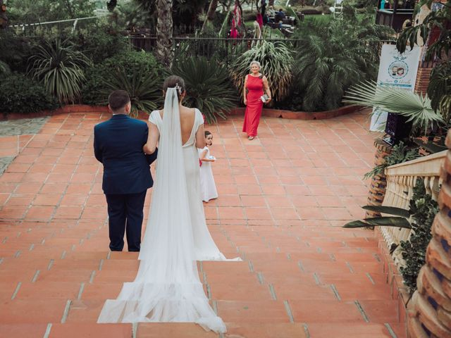 La boda de Juan y Úrsula en Alhaurin El Grande, Málaga 42