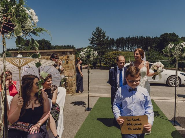 La boda de Raúl y Erika en Lezama, Vizcaya 47