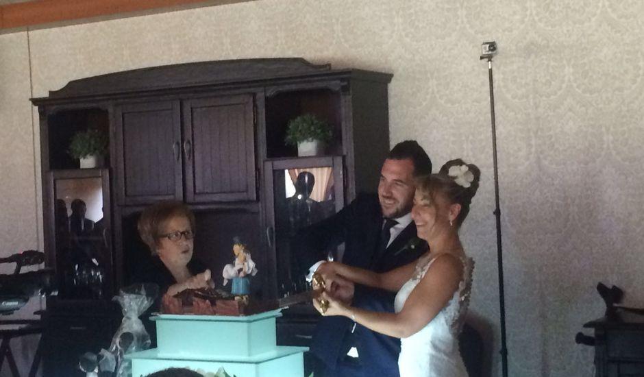 La boda de Iñaki y Maeva Lys en San Adrian, Navarra
