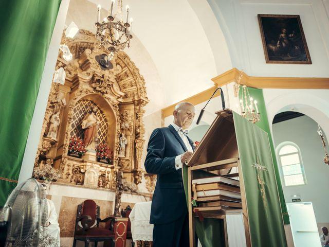 La boda de Antonio y Estrella en Alcala De Guadaira, Sevilla 13