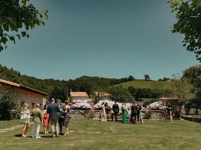 La boda de Milan y Sara en Hazas De Cesto, Cantabria 93