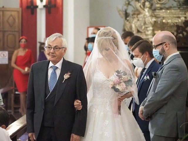 La boda de Víctor y Sandra  en Jerez De La Frontera, Cádiz 3