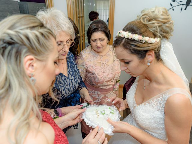 La boda de Olimpiu y Roxana en Laguardia, Álava 24