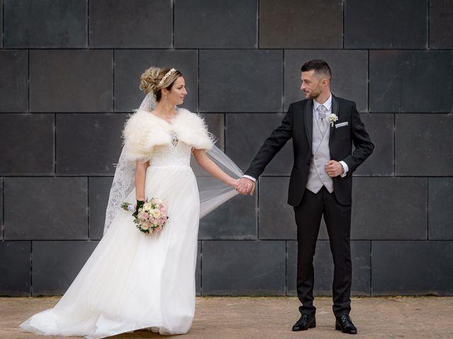 La boda de Olimpiu y Roxana en Logroño, La Rioja 71