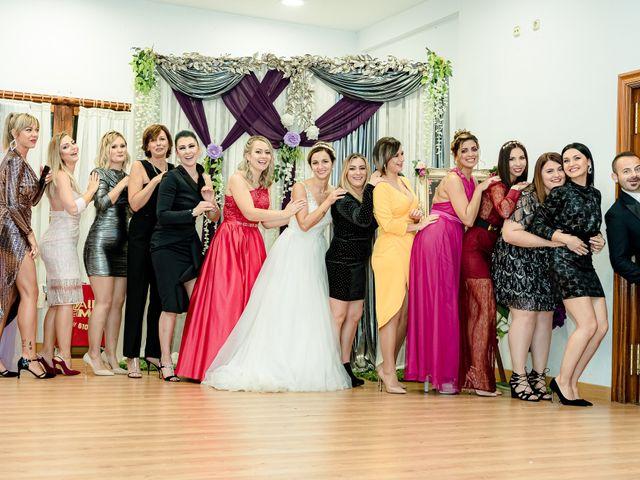 La boda de Olimpiu y Roxana en Laguardia, Álava 142