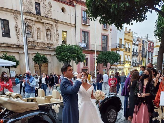 La boda de Carlos y Inma en Sevilla, Sevilla 3
